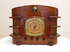 """VINTAGE 1937 CLIMAX """" OPAL """" ART DECO OLD MID CENTURY WOOD TUBE RADIO"""