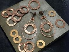 Copper Washers: A beautiful addition to your Jewelry Designs – Rings and Things Copper Jewelry, Wire Jewelry, Jewelry Crafts, Jewelry Art, Beaded Jewelry, Jewelery, Jewelry Accessories, Jewelry Design, Jewelry Quotes