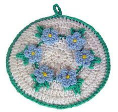 FREE-Pattern-Maggie-Weldon-Crochet-Forget-Me-Not-Potholder-FP120