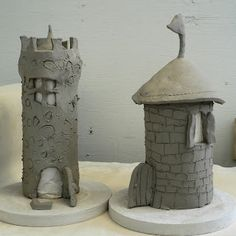 Kids Art Activity: Clay castles - could be a fun clay art project for kids - toilet paper roll or pringles can inside to hold up tower while working Clay Projects For Kids, Kids Clay, Clay Art For Kids, Log Projects, Kids Crafts, Art Clay, Ck Summer, Art Activities For Kids, Pottery Classes