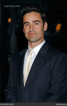 Jesse Bradford He's in bring it on! Ha Met him on the set of Badge of Honor, Nov.9/13 with Producer Gabriel Napora.  #Jesse Munro  #BadgeofHonorMovie
