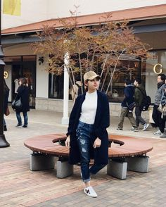 Maine Mendoza Outfit, Theme Song, Film Festival, Pairs, Actresses, Book Fandoms, Idol, How To Wear, Characters