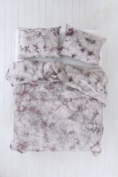 Magical Thinking Acid Wash Duvet Cover - Urban Outfitters
