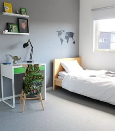 Boy's room | Dinosaur | MICKE desk | Living in Norway | live from IKEA FAMILY