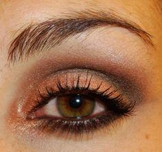 wet n wild, comfort zone. Easy Eyeshadow Looks | KinkyCurlyCoilyMe!