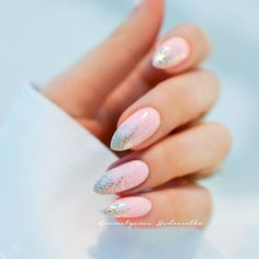 21 Best Ideas How to do Ombre Nails Designs + Tutorials ❤️ Glitter Ombre Gel Nails picture 4 ❤️ There is no need to wonder how to do ombre nails anymore! We know everything about the best and the easiest techniques of ombre, which you can easily replicate at home.https://naildesignsjournal.com/how-to-do-ombre-nails/ #naildesignsjournal #nails #ombrenails