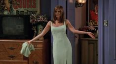 The One With The Green Dress: | Community Post: 30 Times Rachel Green Proved She Was The Most Stylish Friend