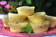 Receita de Muffins de Ricota em 3 Minutos Dukan Diet Recipes, Vegetarian Recipes, Healthy Recipes, Healthy Food, Mug Recipes, Cupcake Recipes, Muffin Salgado Fit, Mousse, Protein Foods
