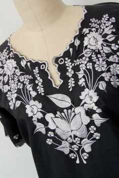 Vintage Mexican boho embroidered top / by hausofmirth on Etsy