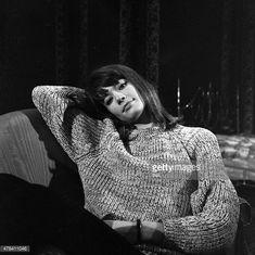 Francoise Hardy 1963 Françoise Hardy, My Muse, Brigitte Bardot, Female Singers, Pierre Cardin, My People, Vintage Beauty, French Fashion, Isabel Marant