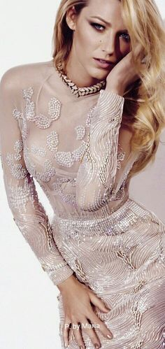 Image uploaded by alyssa. Find images and videos about gossip girl and blake lively on We Heart It - the app to get lost in what you love. Style Blake Lively, Blake Lively Gossip Girl, Blake Lively Family, Gossip Girls, Gossip Girl Fashion, Celebrity Wedding Dresses, Celebrity Weddings, Blonde Actresses, Ootd