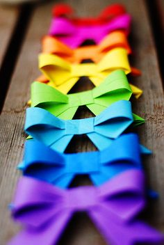 rainbow paper bows - bow tutorial from another site attached