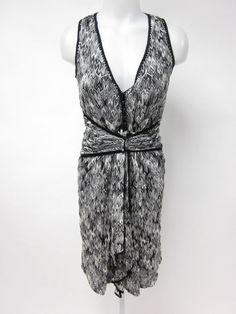 MISSONI ORANGE LABEL White Black Curved Chevron Knit Sleeveless Dress SZ 40 at www.ShopLindasStuff.com