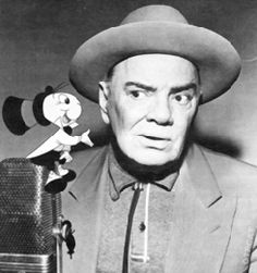 """Cliff Edwards (also known as """"UKULELE IKE"""") was the voice of Jimminy Cricket in the Walt Disney film: PINOCCHIO. He had such a sweet sweet voice. Crooners like Bing Crosby idolized him. Disney Dream, Disney Love, Disney Magic, Walt Disney, Disney Wishes, Jiminy Cricket, Disney Facts, Voice Actor, Before Us"""