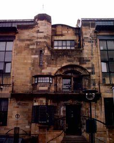 Glasgow School of Art - a most amazing building built by Charles Rennie Mackintosh