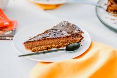 Du magst Ovo Schoggi? Dann wirst du diesen Cheesecake lieben! Ovomaltine Schokolade und Quark zaubern einen Kuchen der Extraklasse. Hier geht's zum Rezept. Cheesecake, Biscuits, Ethnic Recipes, Desserts, Food, Ovaltine, Parchment Paper Baking, Sweet Recipes, Kitchens