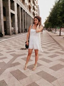 The Daily of Sara: Stop pression, bonjour Vacances! White Dress, Dresses, Fashion, Bonjour, Vacation, Vestidos, Moda, Fashion Styles, The Dress