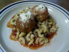 4M Carbonara- meatballs, mushrooms, marinara and used elbow macaroni instead of spaghetti or fettuccine to make the carbonara.