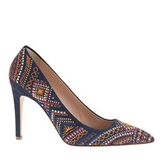 falsetto embroidered pumps