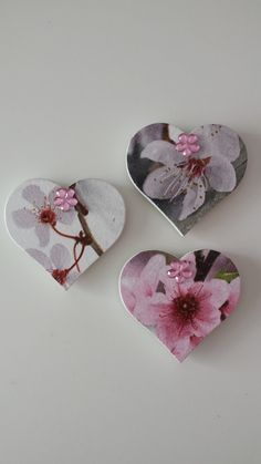 Set of 3 Handmade Heart Shaped Decoupage por WorldOfHandcraft