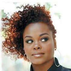 Jill Scott's twist out-my hair goddess one day I hope to have half as awesome of hair.