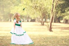 Children Photography Girl with Butterfly Tri Cities, Children Photography, Family Photographer, Flower Girl Dresses, Butterfly, Wedding Dresses, Fashion, Bride Dresses, Moda