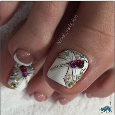 spring Uñas Cortas Decoradas that are fabulous. Pretty Toe Nails, Cute Toe Nails, Diy Nails, Toe Nail Color, Toe Nail Art, Summer Toe Nails, Spring Nails, Party Nails, Pedicure Nail Art
