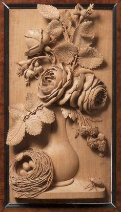 Aubert PARENT de Cambrai (1753-1835) Exceptionnel haut-relief en tilleul finement sculpté d'un bouquet de roses dans un vase, une chenille et un scarabée sur le feuillage, un nid rempli d'œufs. Inscription… - Millon Bruxelles - 25/10/2015