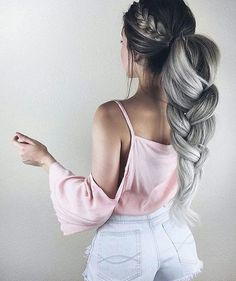 trendy hair color highlights and lowlights summer medium lengths Ponytail Hairstyles, Trendy Hairstyles, Straight Hairstyles, Girl Hairstyles, Wavy Ponytail, Wedding Hairstyles, Wavy Curls, Wedge Hairstyles, Popular Hairstyles