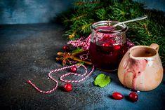 Az ajándékok dzsókere: karácsonyi, vörösáfonyás eperdzsem szegfűszeggel és vaníliával - Dívány Izu, Moscow Mule Mugs, Tableware, Christmas, Food, Xmas, Dinnerware, Tablewares, Essen