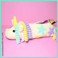 Unicorn Pencil Case Crochet Pattern Crochet pattern by Emma Irlam Felt Doll Patterns, Felt Animal Patterns, Stuffed Animal Patterns, Crochet Patterns, Crochet Ideas, Crochet Pencil Case, Pencil Case Pattern, Crochet Case, Unicorn Pencil Case