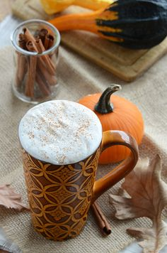 sugar-free PUMPKIN SPICE syrup to use in your lattes and recipes this fall- no more overpriced bottles of SF syrup!