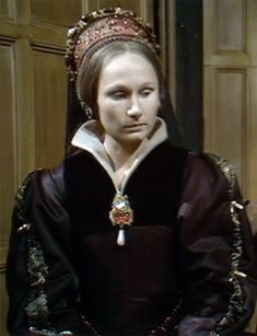 TBT: The Six Wives of Henry VIII (1970) – Edward Iv, Wives Of Henry Viii, Wars Of The Roses, Elizabeth I, Tudor History, Renaissance Fair, Historical Costume, Bbc, Queens