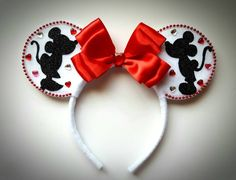 Valentines Day Sweetheart Kissing Mickey & Minnie Mouse Love inspired Ears Headband Hearts Pink Red White Valentines Birthday Celebrate - The Trend Disney Cartoon 2019 Disney Diy, Diy Disney Ears, Disney Mouse Ears, Disney Bows, Disney Crafts, Disney Land, Disney Shirts, Disney Cruise, Disney Ears Headband