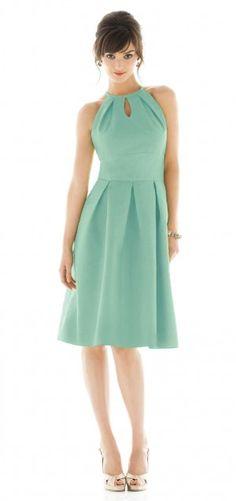 Short dress for weddings.