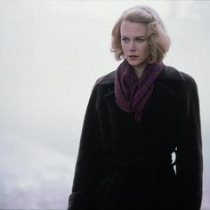Love Nicole Kidman's style in The Others