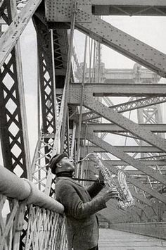 During the years 1956 to 1958 Sonny Rollins was widely regarded as the most talented and innovative tenor saxophonist in jazz. Nevertheless, he was discontented; he voluntarily withdrew from public life from August 1959 to November 1961. During this period of retirement his habit of practicing on the Williamsburg Bridge in New York became legendary.