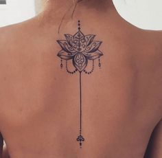 Mandala tattoo meaning and patterns that inspire you tatoo feminina - tattoo feminina delicada - tat Mandala Tattoo Meaning, Lotus Mandala Tattoo, Lotus Tattoo Back, Lotus Henna, Henna Art, Mini Tattoos, Trendy Tattoos, Body Art Tattoos, Tatoos