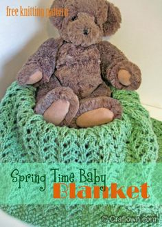 Free Knitting Pattern - Spring Time Baby Blanket. This knitted blanket makes a lovely handmade gift for a baby shower! #craftown #knitting #blanket