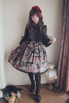 Dress: AAtP - Wicked Queen's Poison