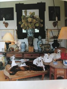 """Interior of American antique dealer John Rosselli in """" Inspired by antiques"""""""