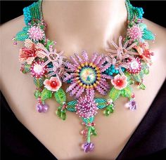 EDEN  Spring Fling Beaded Flowers Necklace Earrings Set   par VIRR