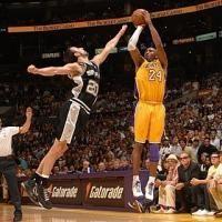 Los triples, el arma del baloncesto moderno