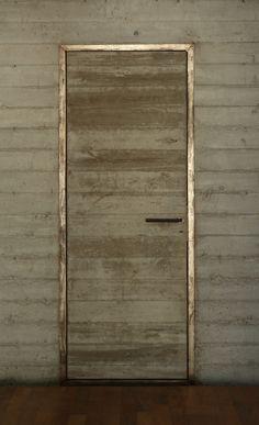Metal door frame, Bunker House,© Gustavo Sosa Pinilla