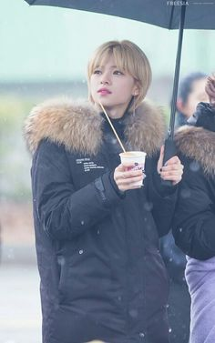 𝚏𝚘𝚕𝚕𝚘𝚠 𝚖𝚎 𝚏𝚘𝚛 𝚖𝚘𝚛𝚎 ©satanjeongyeon Suwon, Twice Jungyeon, Twice Kpop, Nayeon, South Korean Girls, Korean Girl Groups, Under The Rain, Dance The Night Away, One In A Million
