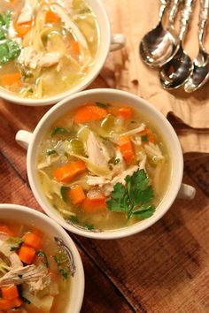Easy, Classic Chicken Soup Recipe : comfort food, delicious family friendly dinner and magical healing powers!