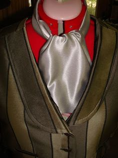 Steam Ingenious: How to Make a Victorian Cravat or Ascot -A Tutorial