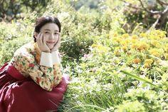 "[Photos] Added new Han Hyo-joo, Yoo Yeon-seok and Cheon Woo-hee stills for the upcoming #koreanfilm ""Loves, Lies"""