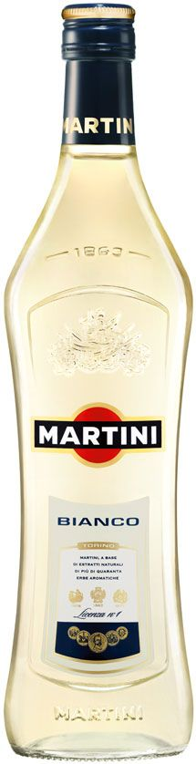MARTINI Bianco Vermouth Party Drinks, Fun Drinks, Alcoholic Drinks, Rose Champagne, How To Make Drinks, Liquor Store, Martini, Bartender, Vodka Bottle