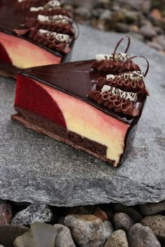 TORTEN LUST: {Rezept} Passionsfrucht-Mousse-Torte mit Himbergeleekern